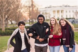 Điều kiện nhập học các trường THPT nội trú hàng đầu của Mỹ 2020.